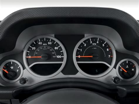 how make cars 2010 jeep commander instrument cluster image 2010 jeep wrangler 4wd 2 door rubicon instrument cluster size 1024 x 768 type gif