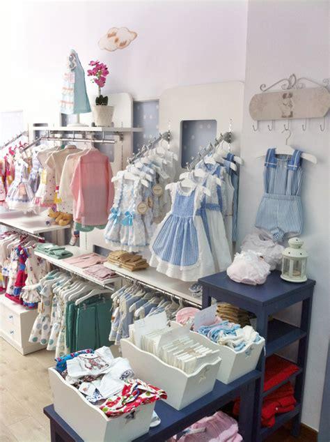 decoracion de tiendas infantiles vinilos infantiles para decorar una bonita tienda de ropa