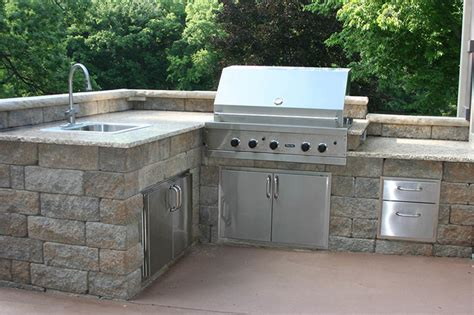 outdoor kitchens and bbq surrounds traditional landscape other metro by allan block