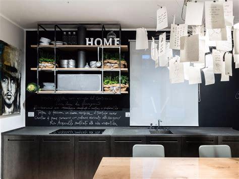 tm italia cucine cucina in basalto e acciaio ossidato d90 cucina in