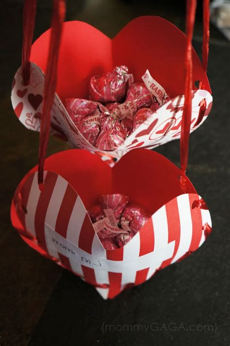 diy crafts for valentines s day treat pockets a valentines craft for