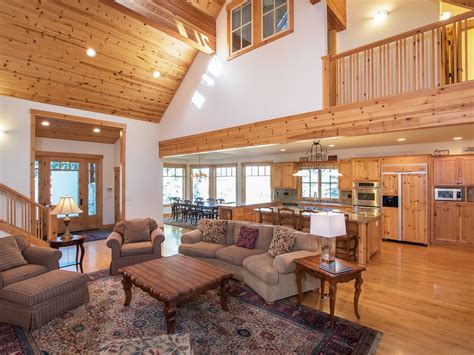 clubhouse feel 4 bedroom sleeps 10 and up to 12 houses custom built luxury home in upscale big springs