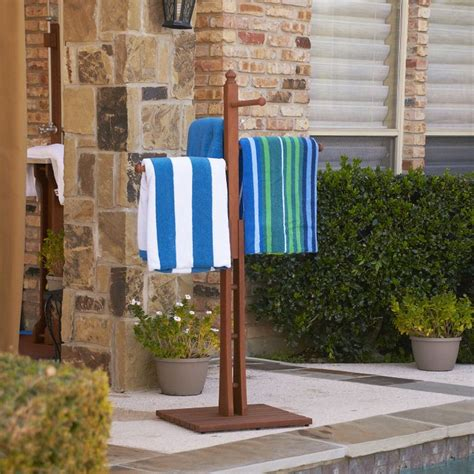 Swimming Pool Towel Rack by 17 Best Ideas About Outdoor Towel Racks On Pvc