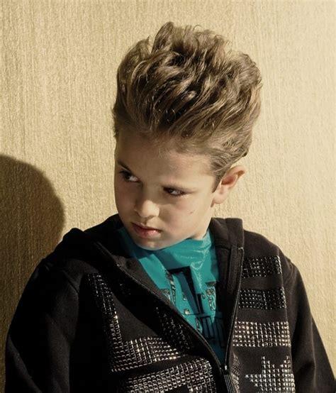 coupe de cheveux garcon idees pour les petits messieurs