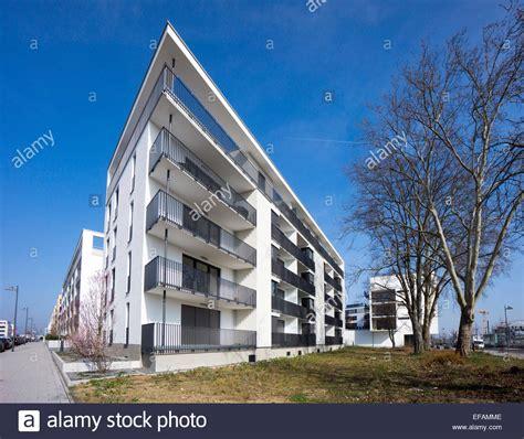 wohnungen frankfurt am block wohnungen mit balkon moderne architektur im