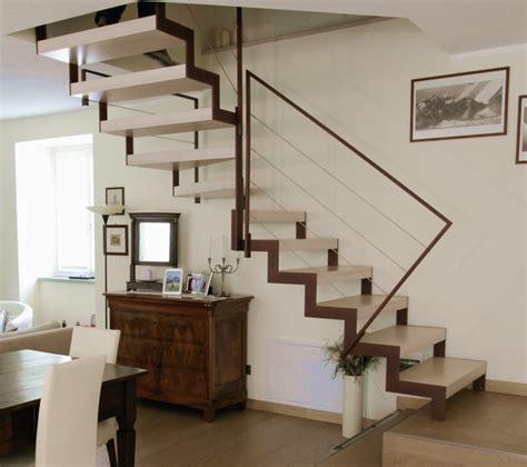 soluzioni scale per interni roversi scale progettazione e realizzazione di scale