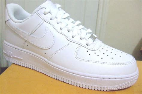 mens all white leather nike air 1 low 07 trainers