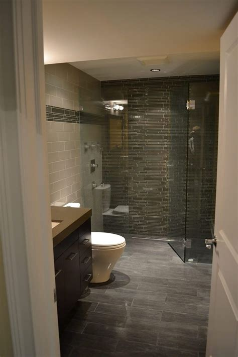 Bathroom Remodeling Chicago Il by 25 Best Ideas About Basement Bathroom On
