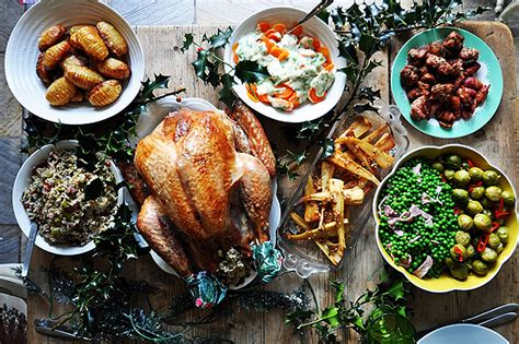 images of christmas feast traditional holiday feasts around the world crave du jour
