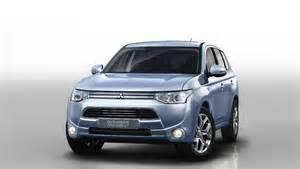 Mitsubishi U Us Launch Of Mitsubishi Outlander Phev Delayed To 2015