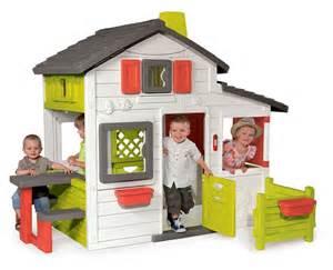 cabane enfant en plastique friends house smoby jardideco