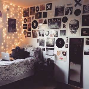Grunge Bedroom Hipsters And Grunge Bedroom Lighting