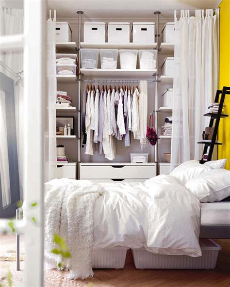 bedrooms without closets 13 ways to make your room without a closet work