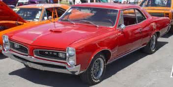 1960 Pontiac Gto 1966 Pontiac Gtougg Stovle