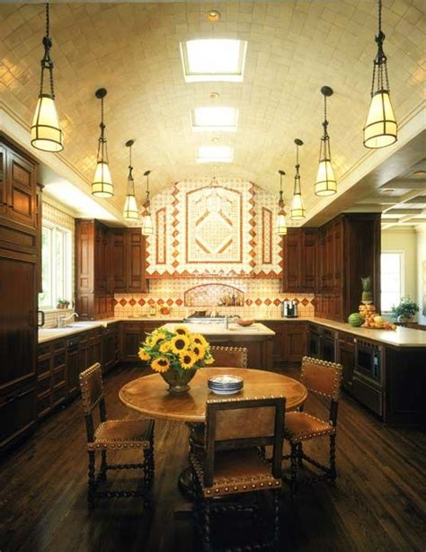 Spanish Style Kitchen Cabinets by Spanish Kitchen Dream Home Pinterest
