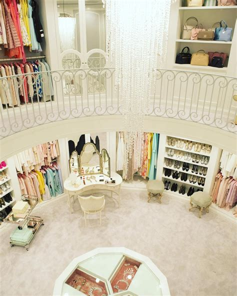 dressing room stories the closet two stories and accessory closets yes scream set