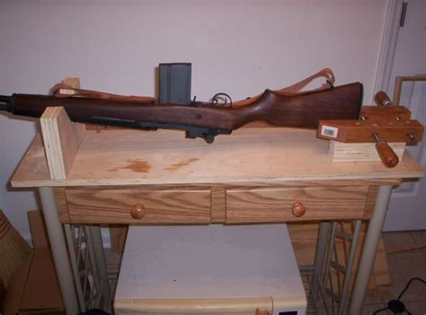 woodworking ideas that sell woodworking projects that sell gun rest thread gun vise
