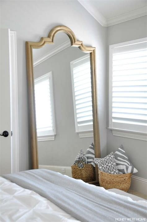 big mirror for bedroom best 25 leaning mirror ideas on pinterest large leaning mirror neutral bedrooms