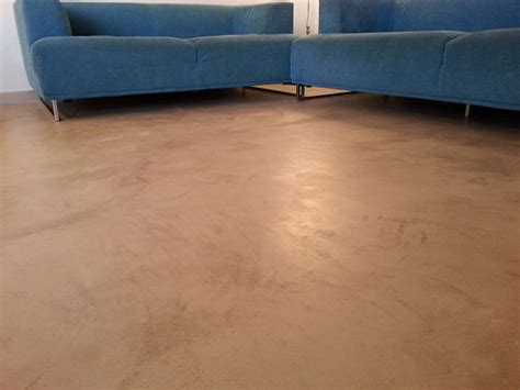 cemento pavimenti interni pavimenti in cemento per interni spatolato a mano di