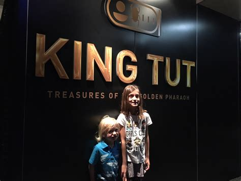 See Tut The Boy King In Philadelphia by Just Opened King Tut S Treasures Of The Golden Pharaoh