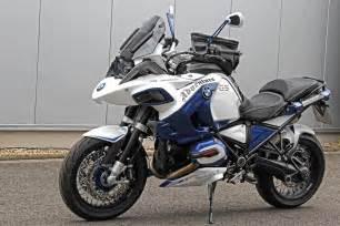 can you spot the bmw r1200gs adventure in these photos