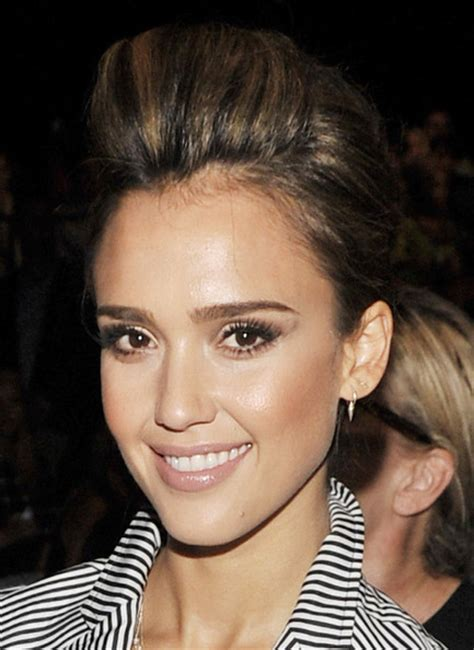 pictures of crunch hair styles jessica alba hairstyles 2013 entertainment crunch