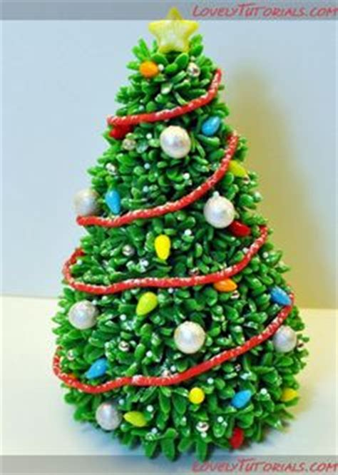 easy classy christmas tree from fondant 1000 images about lovelytutorials on cake decorating tutorials fondant and
