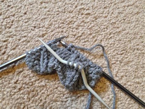 how to finish a row of knitting diy cable knit headband pattern lil bit