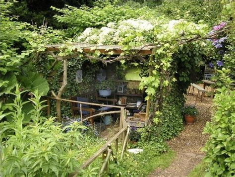 Quaint Backyard Ideas