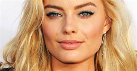 who does ms robbies hair margot robbie hair shoulder length sultry do for 2016