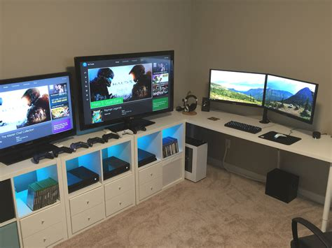 Gaming Pc Desk Setup Triathlon Room Battlestation Bestgamesetups Pinterest Triathlon Room And