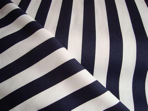gordijnstof nautisch 1000 idee 235 n over streep gordijnen op pinterest zwart