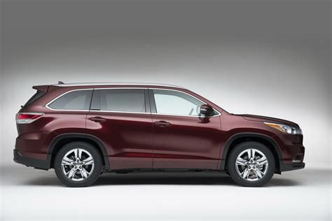 crossover toyota all new 2014 toyota highlander crossover details and pictures
