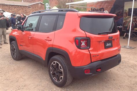 wide jeep jeep renegade 35 background wallpaper