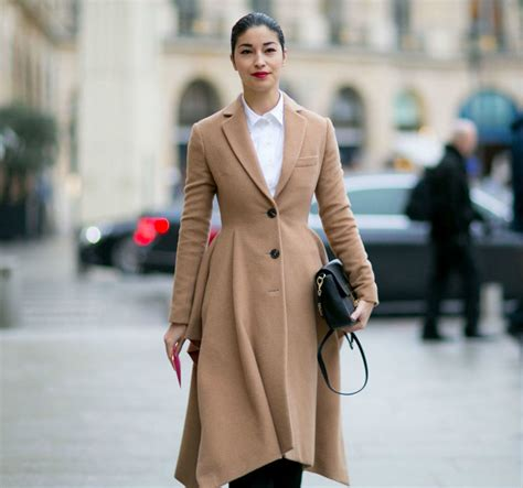 Check Out Our Stylish Fashionista On The Con Estilo Fashiontribes Fashion by Want To Work At Comey Or The Arrivals Check Out