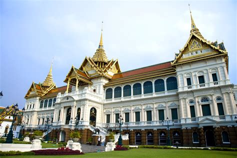 thai palace gallery chalo thailand travel