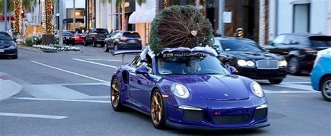porsche with christmas tree porsche 911 gt3 rs hauling a christmas tree becomes