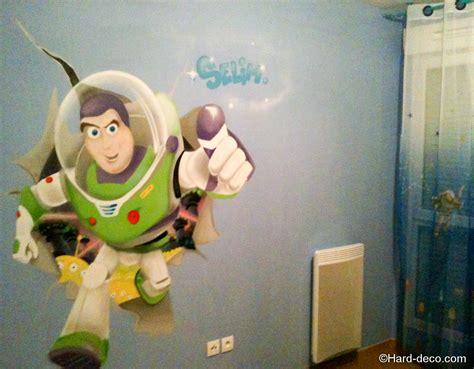 chambre buzz l 馗lair deco buzz l 233 clair pour une chambre de gar 231 on deco