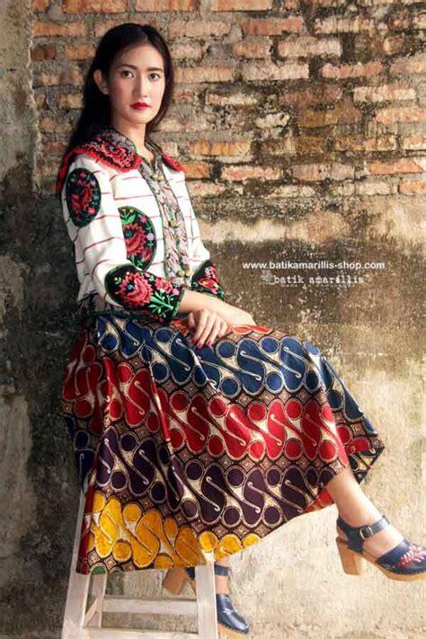Hem Batik Clasdic 01 17 best images about skirts tops blouses on fashion designers fashion