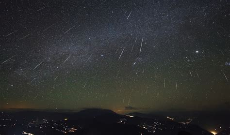 Where To The Meteor Shower by Meteor Shower Calendar For 2014