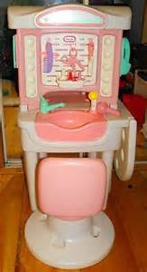 Vanity Set Tikes Tikes Child Size Salon Play Set With Swivel