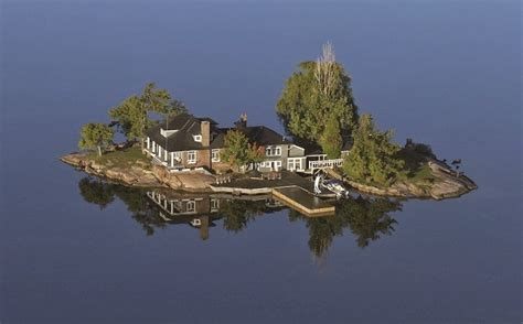 thousand islands they call it 1000 islands just take a look what is there