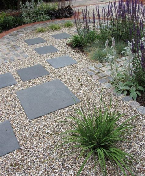 Ideas For Gravel Gardens Gravel Garden Easy Garden Path Garden Gravel Path Garden Ideas Flauminc