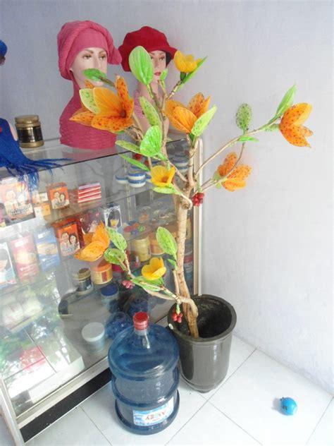Produk Binaan Ukm Tas Noken usaha salon dan daur ulang bu ariyami pusat penelitian