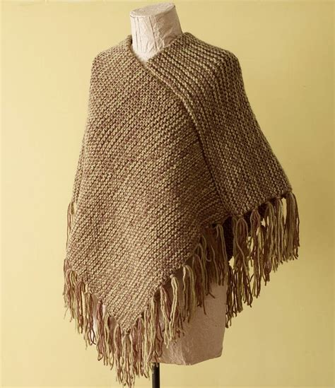 poncho pattern knitting yarn 19 best loom knit poncho images on pinterest knitted