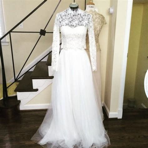 2 piece long sleeves wedding dress gown high neckline with