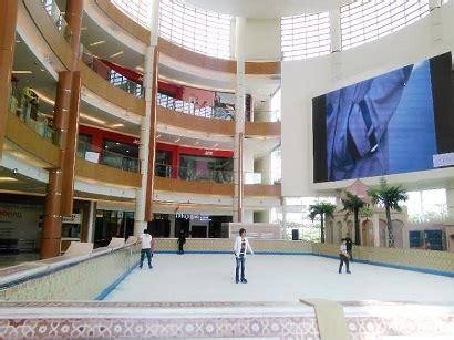 Sepatu Wakai Di Summarecon Bekasi serunya bermain skating di mall summarecon info bekasi