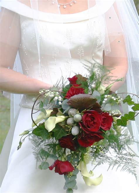 Wedding Bouquet Ideas For Winter by Winter Wedding Flowers Wedding Flower Bouquets Winter