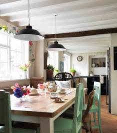 Farm Style Kitchen Tables 5 Tips For A Cozy Farmhouse Kitchen