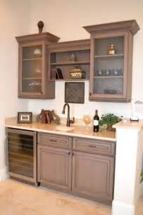 Wine Bar Hutch Wet Bar Traditional Family Room Other Metro By
